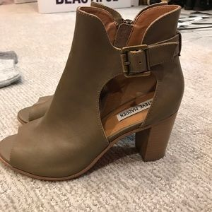 Green Leather Steve Madden Booties
